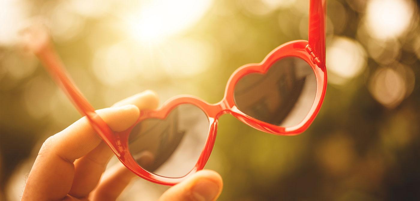 Rosarote Brille, verliebt, Partnerwahl