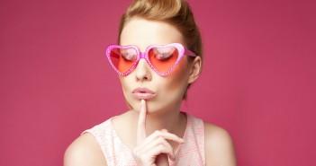 Rosarote Brille verändert die Wahrnehmung