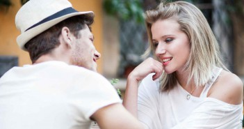 Diese Fragen sind tabu beim ersten Date