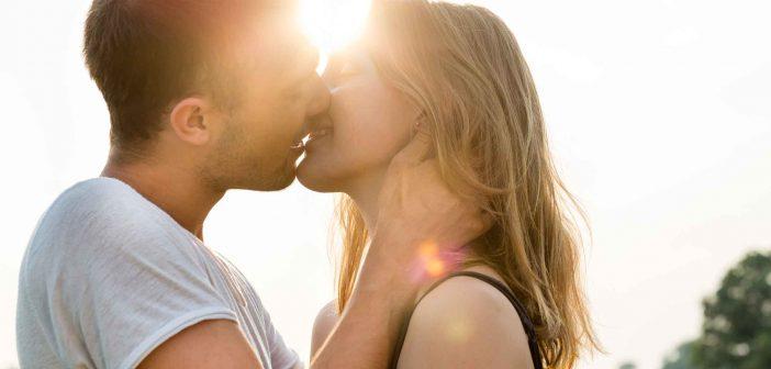 4 Verhaltensweisen für mehr Zufriedenheit in der Beziehung