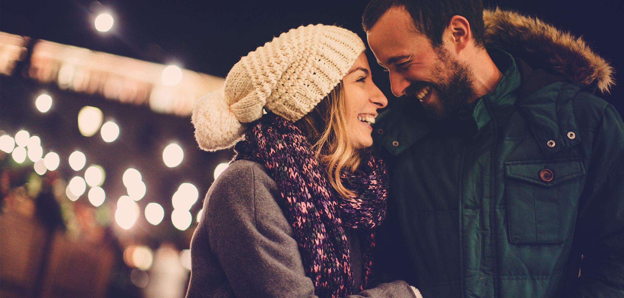 So entkommen Sie dem Weihnachtsstress als Paar | beziehungsweise