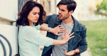 Kritik in der Beziehung kann nach hinten losgehen