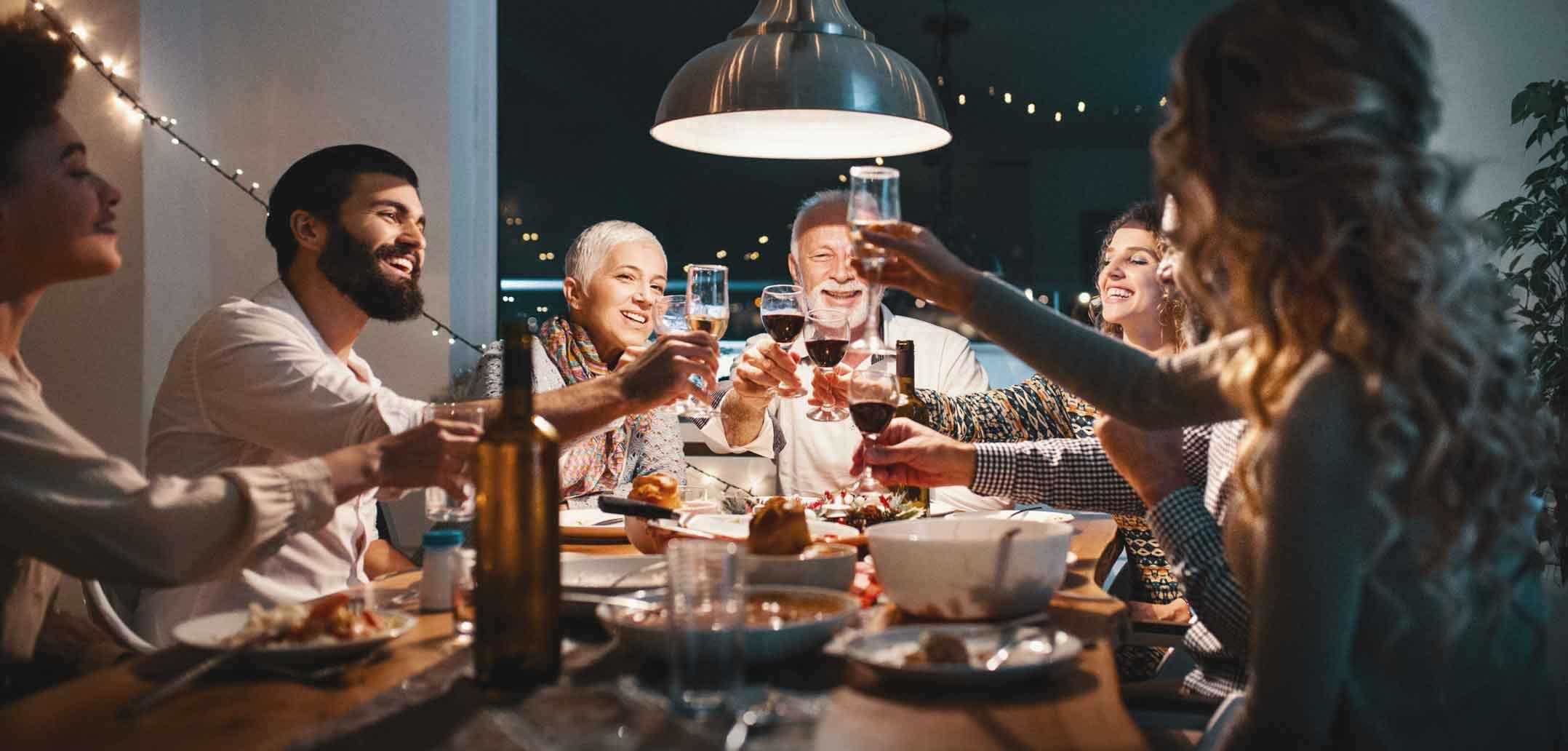 An Feiertagen kommt meist die ganze Familie an den Tisch