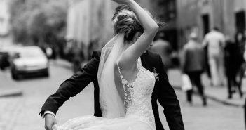 Suchen Sie sich das Lied aus, das Ihnen für den Hochzeitstanz gefällt