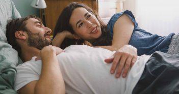 Seien Sie achtsam und aufmerksam dem Partner gegenüber