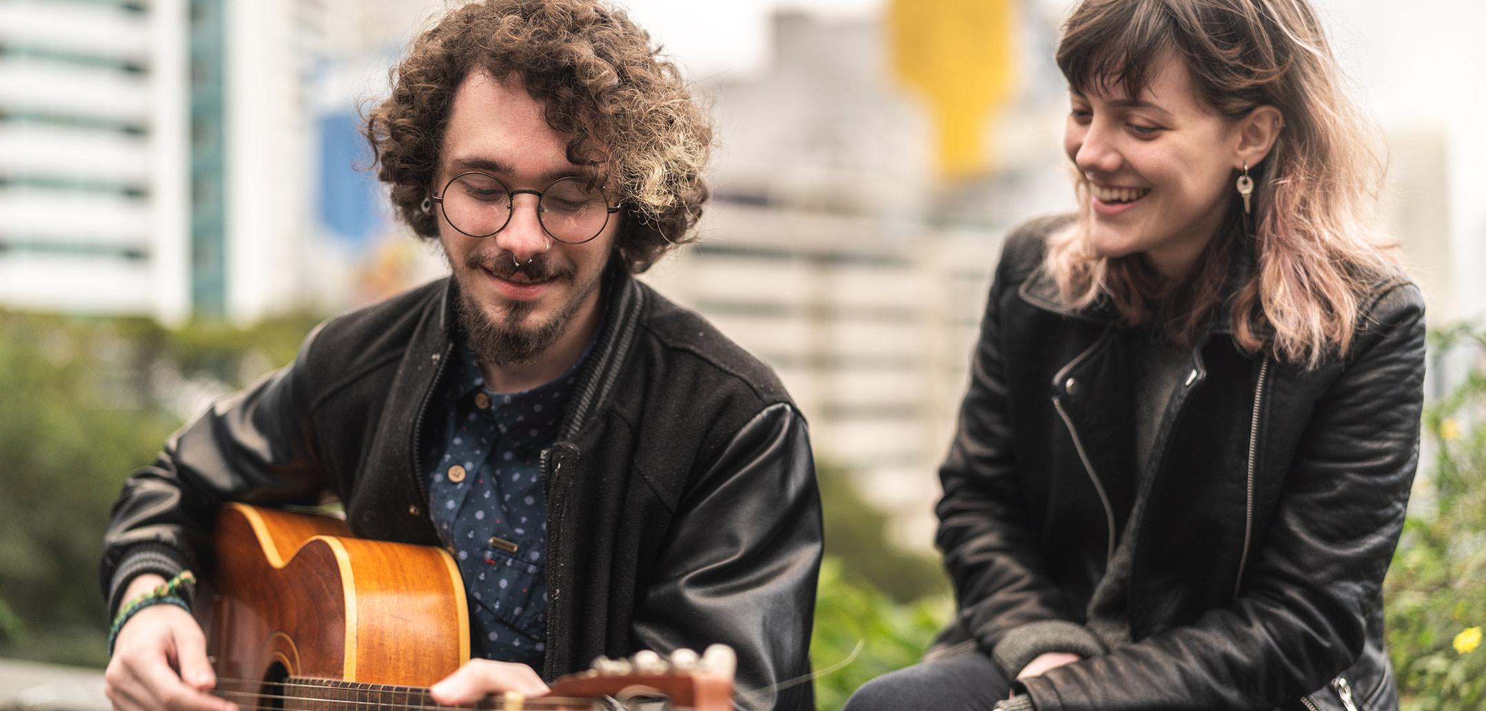 Singer-Songwriter Florian Fenner verrät seine persönlichen Liebeslieder