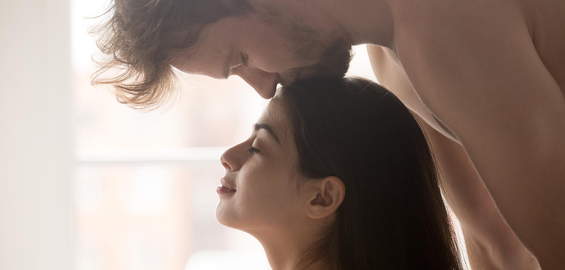 So lassen Sie sich trotz Alltagsstress beim Sex fallen