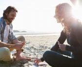 Zum (Wieder-)Kennenlernen: 7 Karten- und Fragespiele für Paare