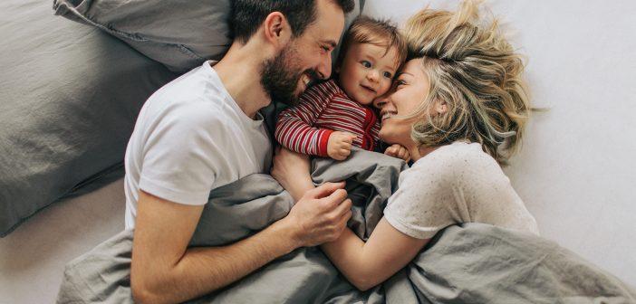Das Familienbett – Gefahr oder gesunde Alternative?