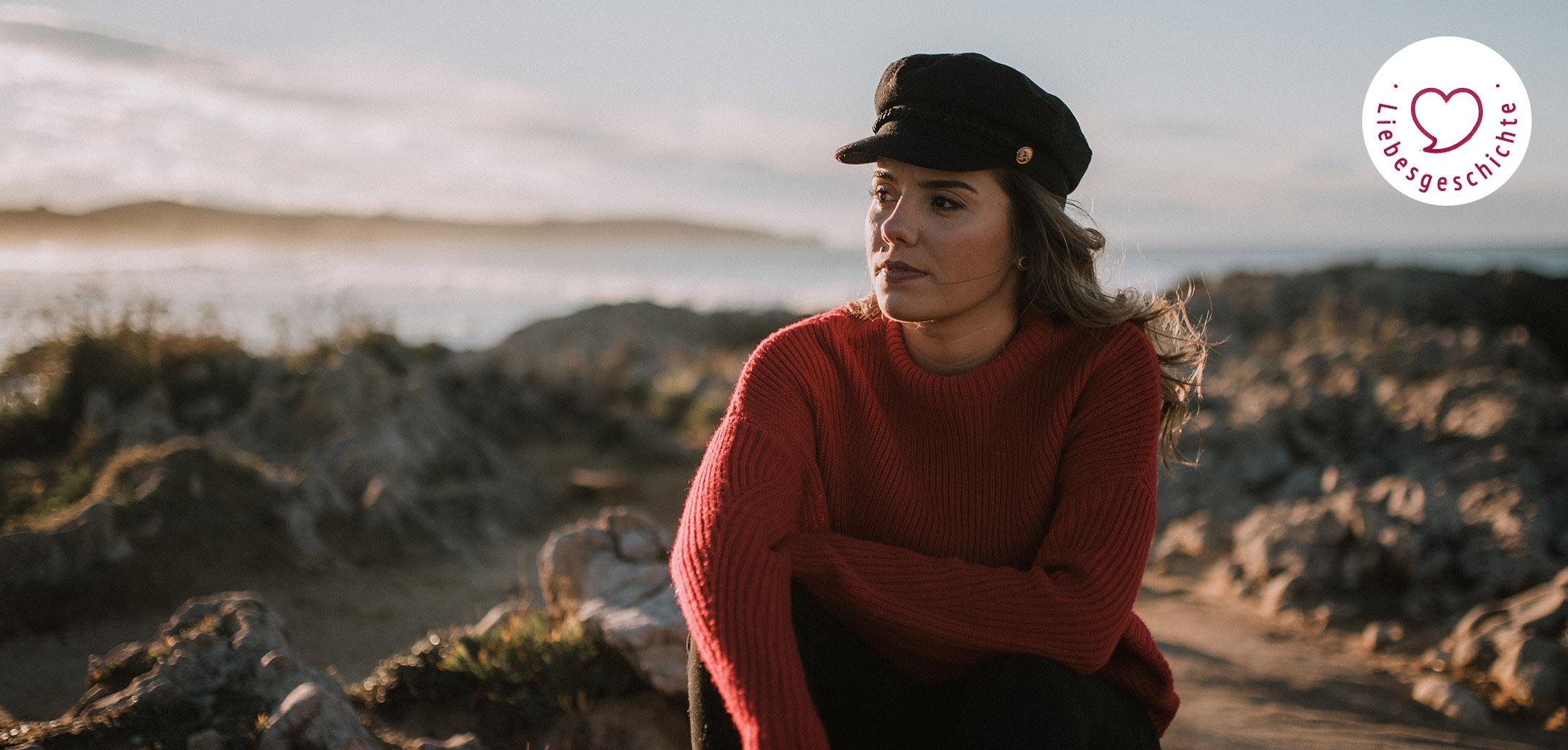 Nachdenkliche Frau am Meer