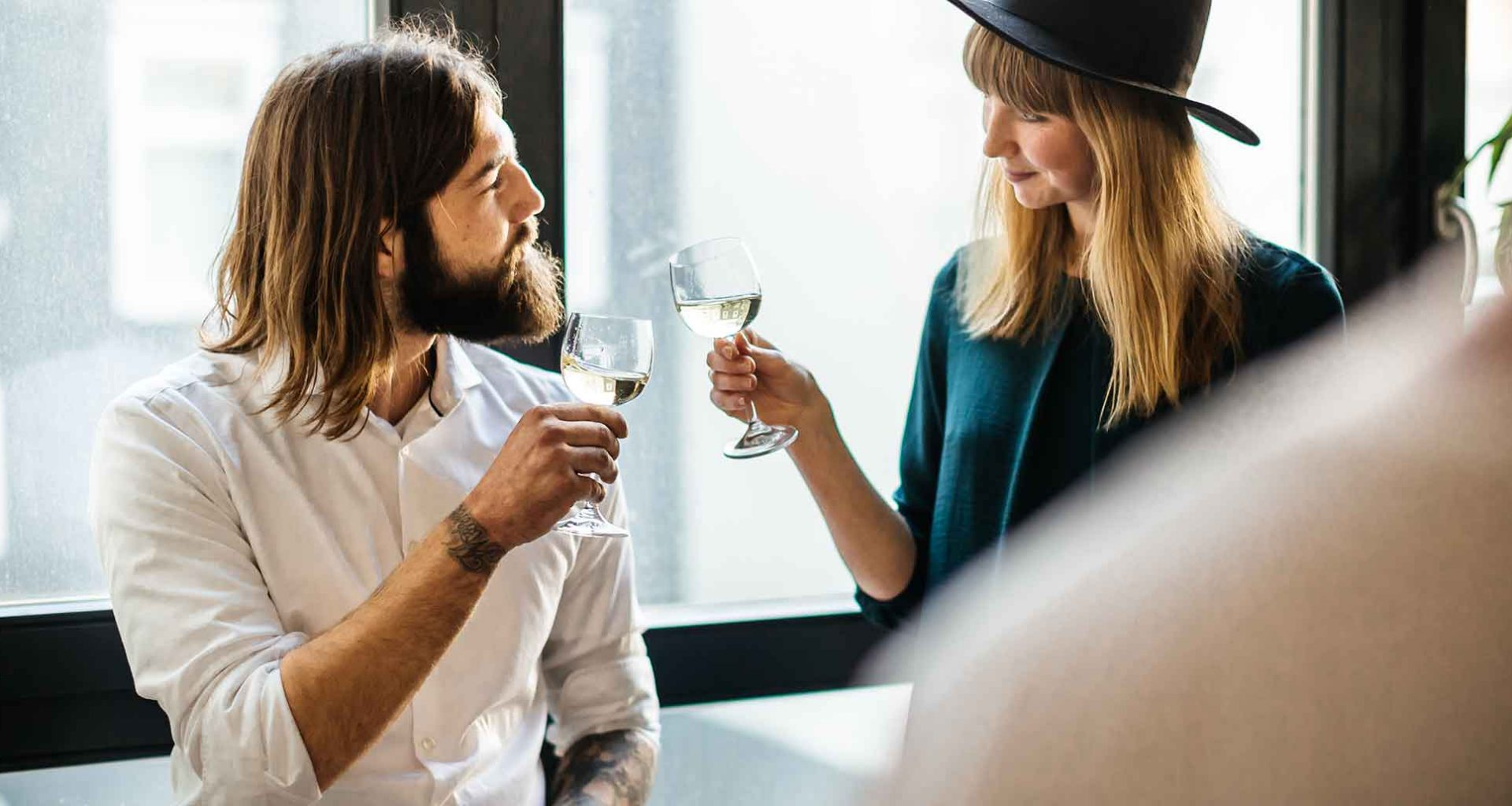 Online Dating ist nichts für mich! Wie lerne ich dann jemanden kennen?