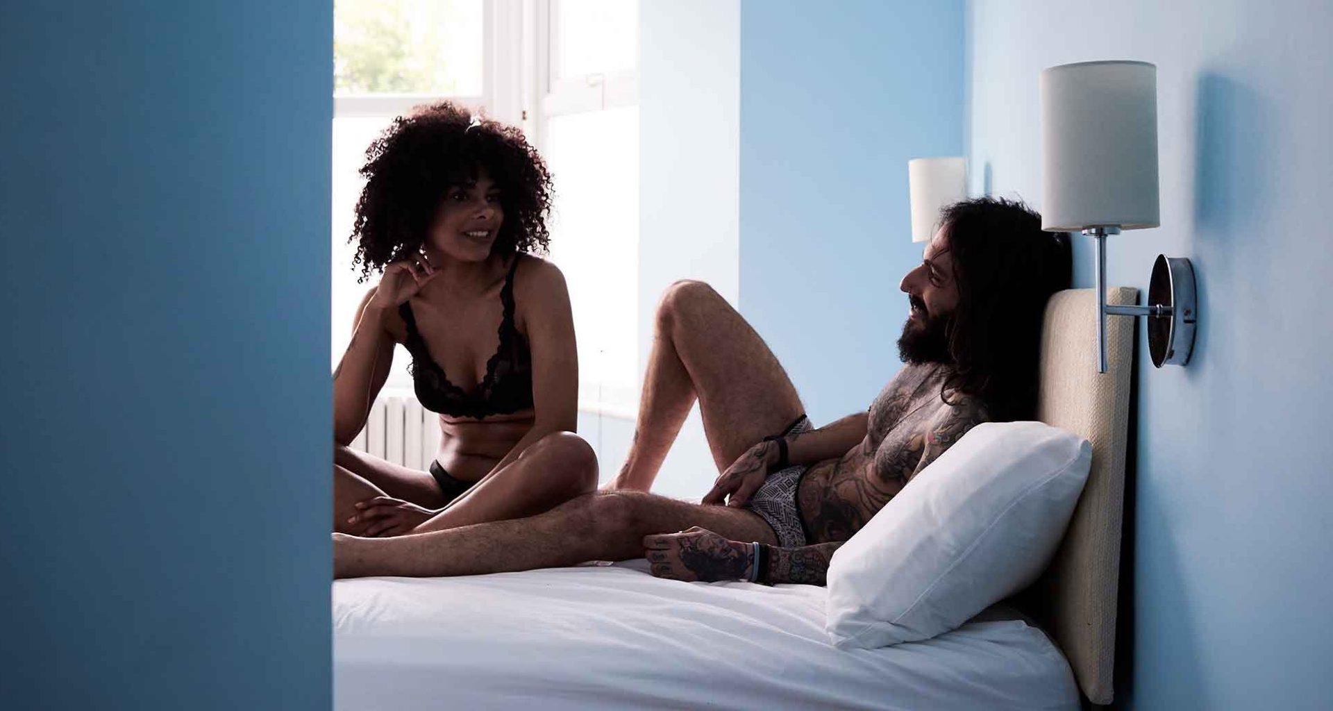 Über Sex sprechen: Wieso es wichtig ist und wie es dir gelingt